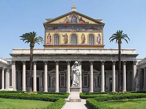 Roma_San_Paolo_fuori_le_mura_BW_1-2_edit