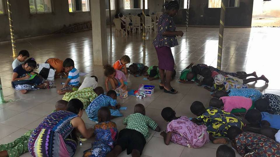 Kid's Ministry doing crafts