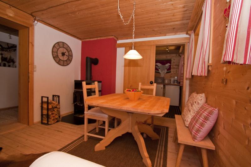 Wohnzimmer Almrausch (unten)