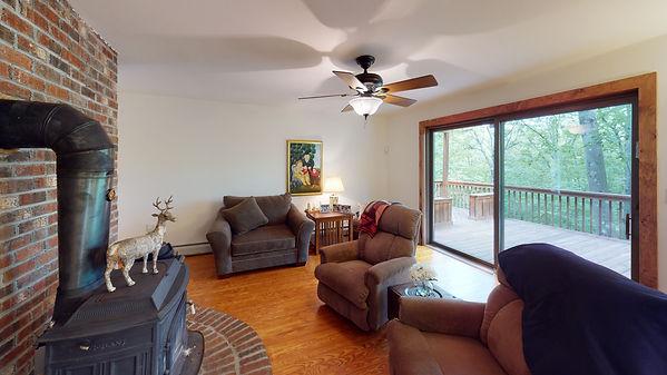 579-Auger-Lake-Rd-Living-Room(1).jpg