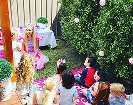 A magical fairy garden party!! 🧚♂️🌈💞