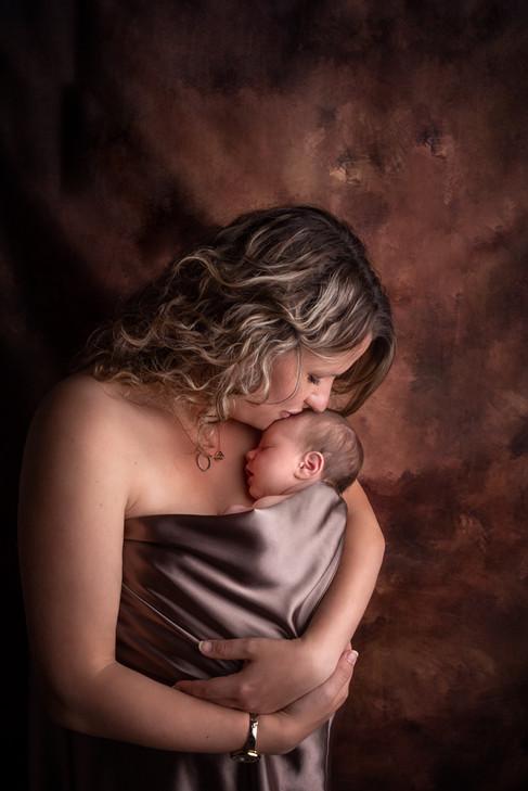 Photographe nouveau né maman Dijon Langres Chaumont