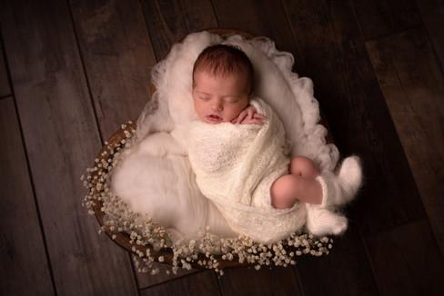 Photo bébé coeur dans son coeur de tendresse Langres Chaumont Dijon