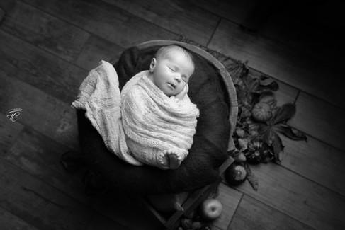 Photographie Noir et blanc nouveau né