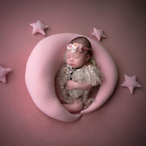 Photographe bébé qui dort département 52, 21, 54