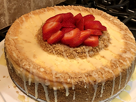 Original NY Cheesecake with Strawberryies & White Chocolate