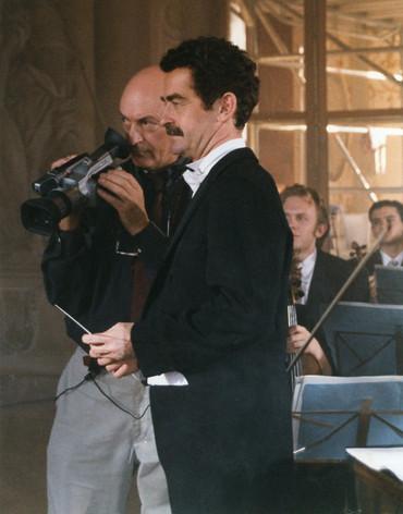 Strauss Eschwé PA with camera.jpg