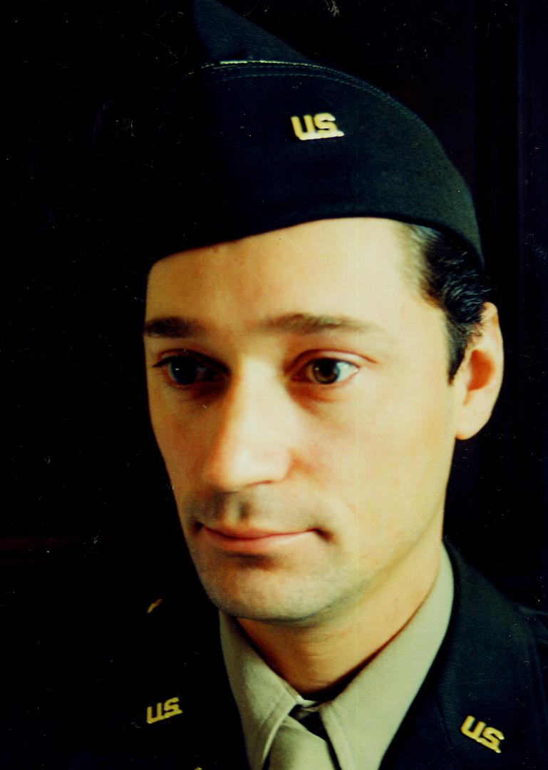 AH FELIX uniform LOUIS.tif