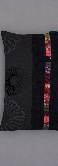 black on black single stripe small recta