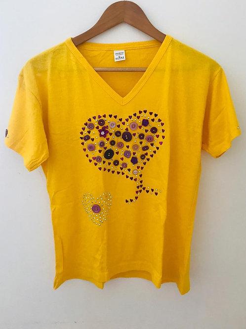 Camiseta Amarilla/Apliques