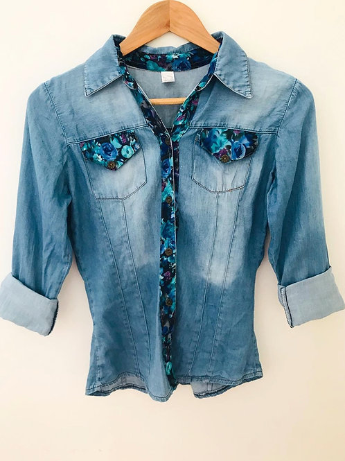 Camisa Jean/Apliques