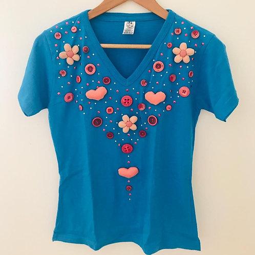 Camiseta Azul/Apliques