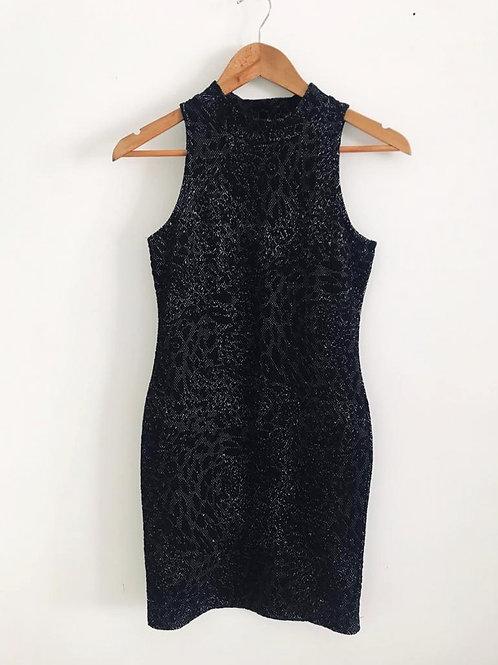 Vestido Bordado Ajuste al Cuerpo negro