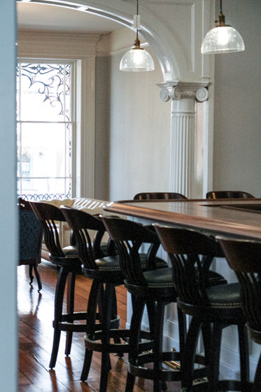 full-catered-bar-historic-venue-virginia-mansion-cocktail-hour