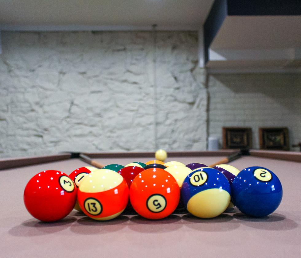 pool-table-billiards-room-party-rental-virginia-weddings