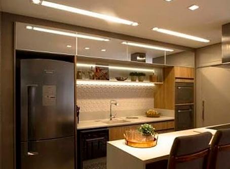 As vantagens, a beleza e economia do perfil de LED para as cozinhas