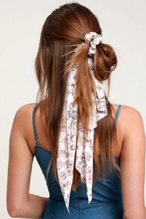 messy-half-ponytail.jpg