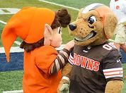 Mascots_at_2014_at_Browns_training_camp.