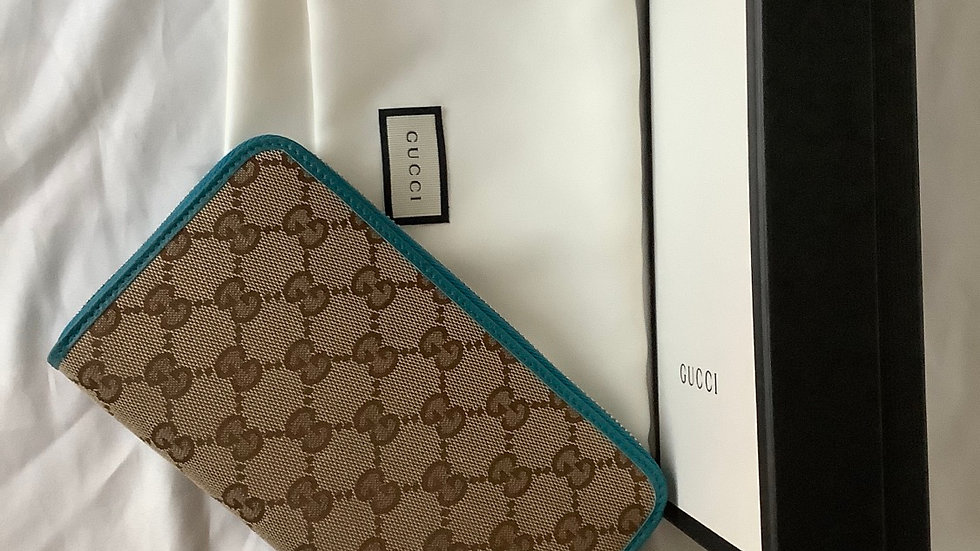 Gucci Round Zip Long Wallet