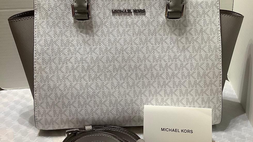 Michael Kors MDTZSATCHE / WHITE / NS  Free Ralph Lauren mini towel