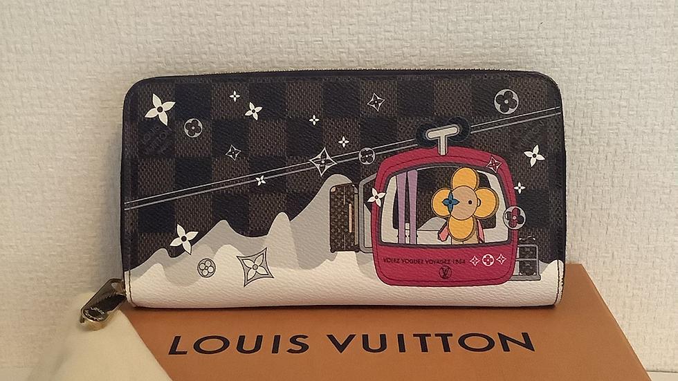 Louis Vuitton Zippy Wallet ( limited ) Damier