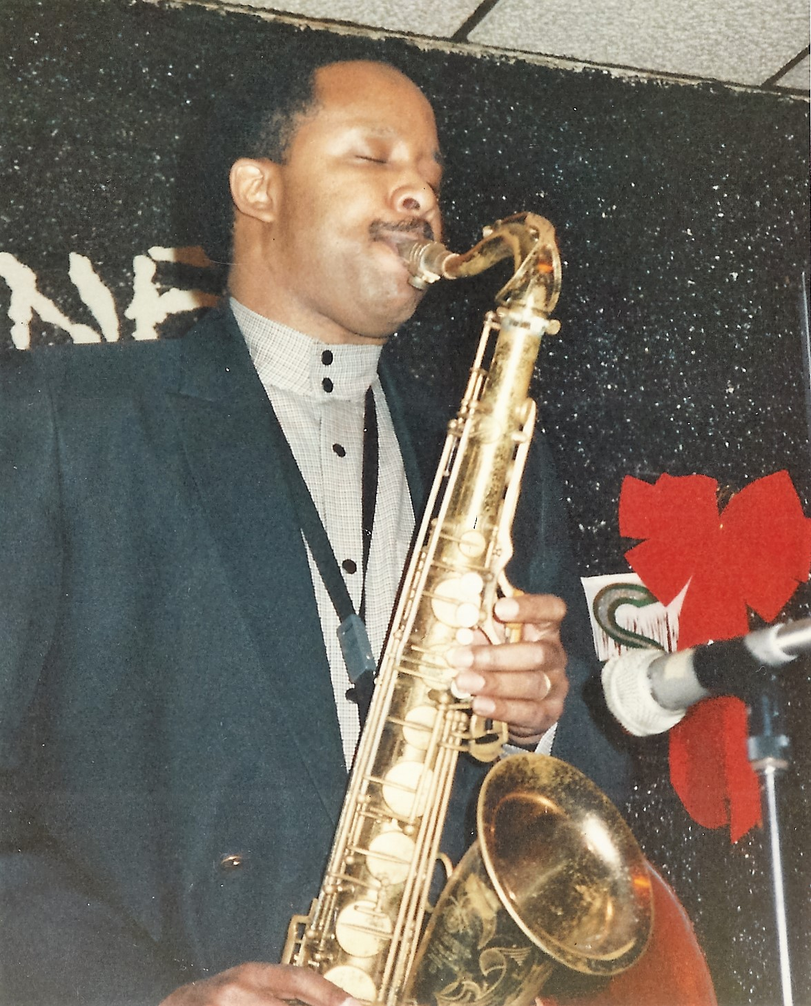 Nat Dixon_Saxphone