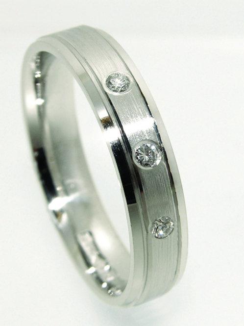 Single Tone Diamond Wedding Band