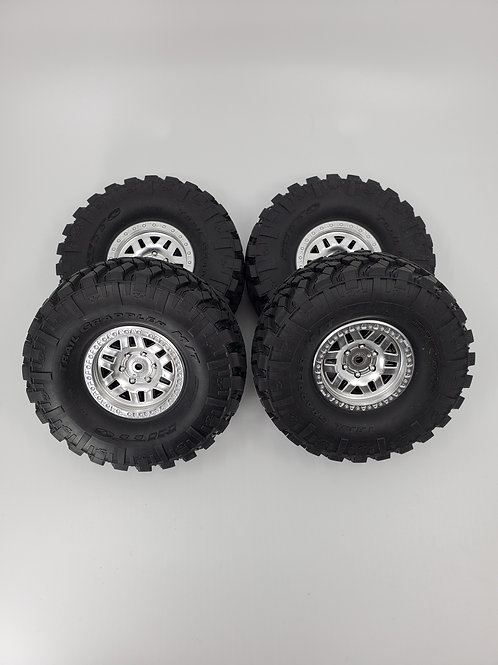 Nitto Trail Grappler MT and Beadlock rims (4)