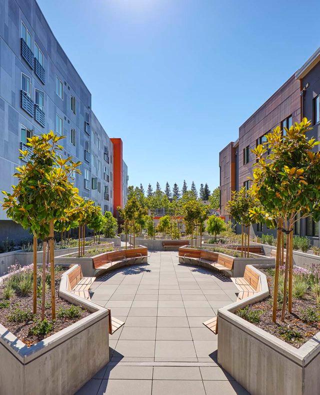 Park Avenue Courtyard