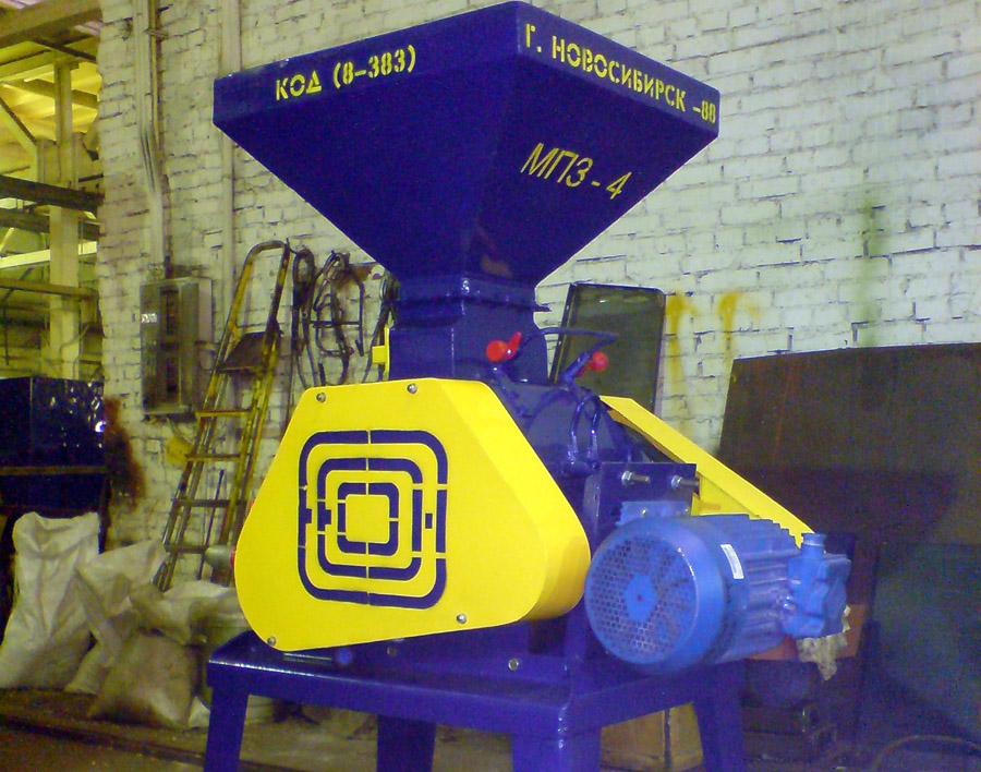 Машина плющения зерна МПЗ-3