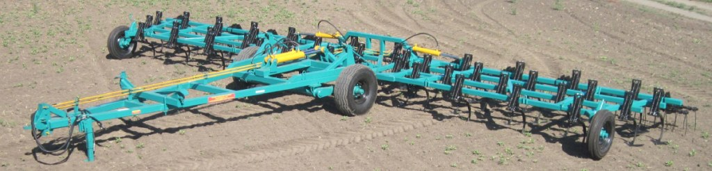 Культиватор сплошной обработки почвы КСП-12