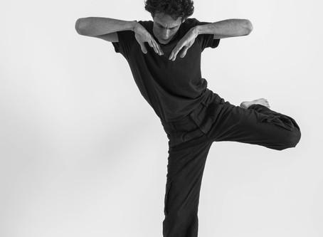 עצמי גופני: נוכחות מודעת, אלתור בתנועה ואנטומיה חוויתית