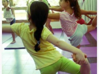 למה יוגה לילדים? אבישג שלר מסבירה
