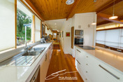 Kar#Kitchen_006.jpg