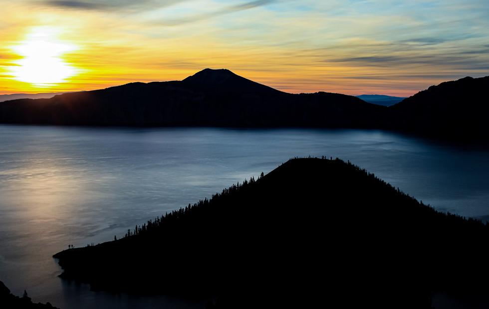 Crater Lake Sunrise IV.jpg