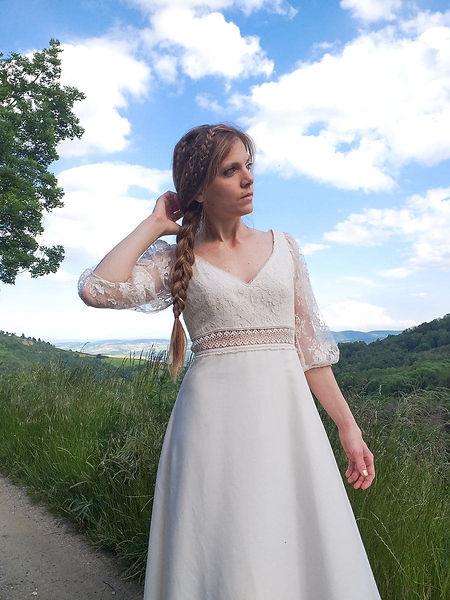 Collection de robes de mariées 2022 écoresponsables éthiques en coton bio style vintage et bohème de la créatrice Delphine Pinel à sainte Catherine entre Saint-Etienne, loire, 42 et Lyon, Rhône, 69