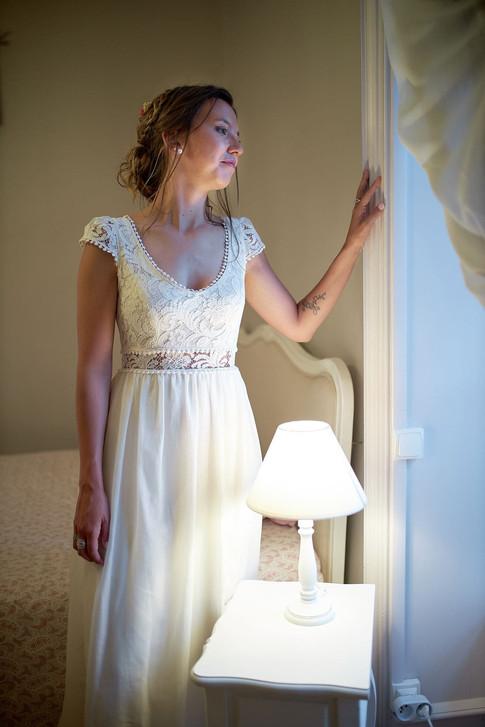 Hortense dans la chambre romantique_15.j