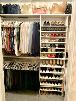 Boutique Design & Organization W/ Chandelier & Velvet Hangers