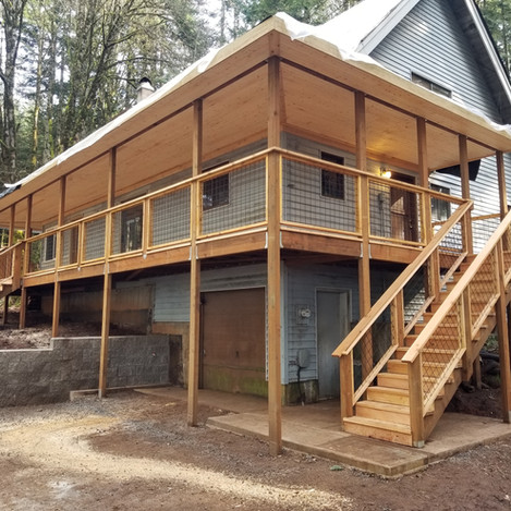 Second story deck with cover