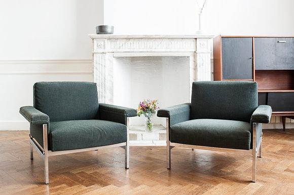 """Paire de fauteuils """"Paul et Joanne"""""""