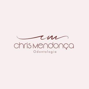 Chris%20Mendon%C3%A7a_edited.jpg