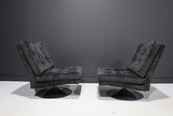 Pair of Milo Baughman Tilt/Swivel Chairs in Holly Hunt Outdoor Upholstery