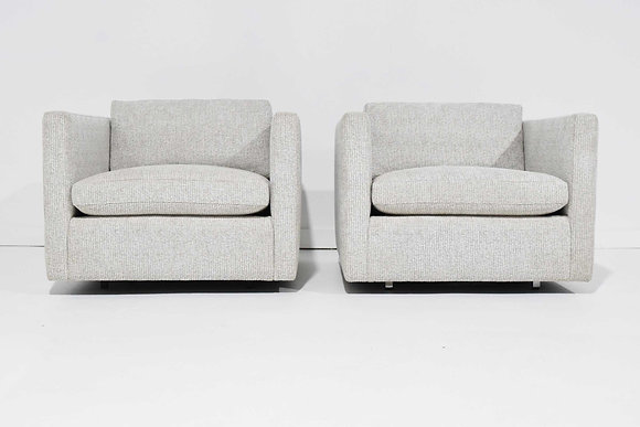 Pair of Charles Pfister fro Knoll Lounge Chairs in Taupe/White Upholstery