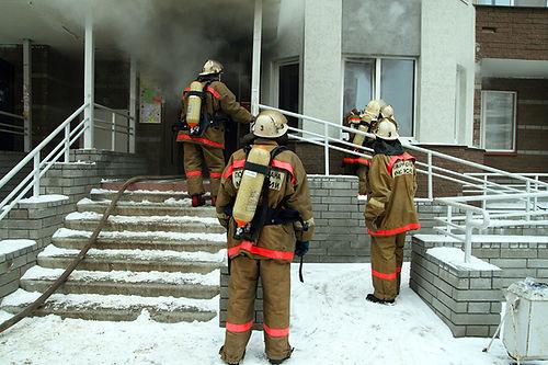 winter fabrics and dryer fires, dryer vent fires in winter, dryer vent fire causes, prevent clothes dryer fires