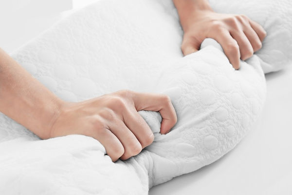 How to Wash Pillows, proper washing of pillows, drying pillows, clothes dryer vents, when to replace pillows, cleaning pillows