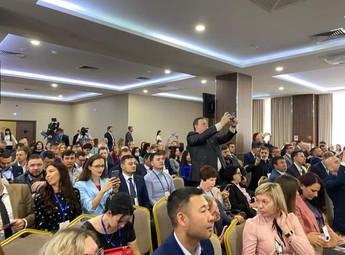 """Съезд Лидеров """"Опоры России"""" стартовал в Ульяновске."""