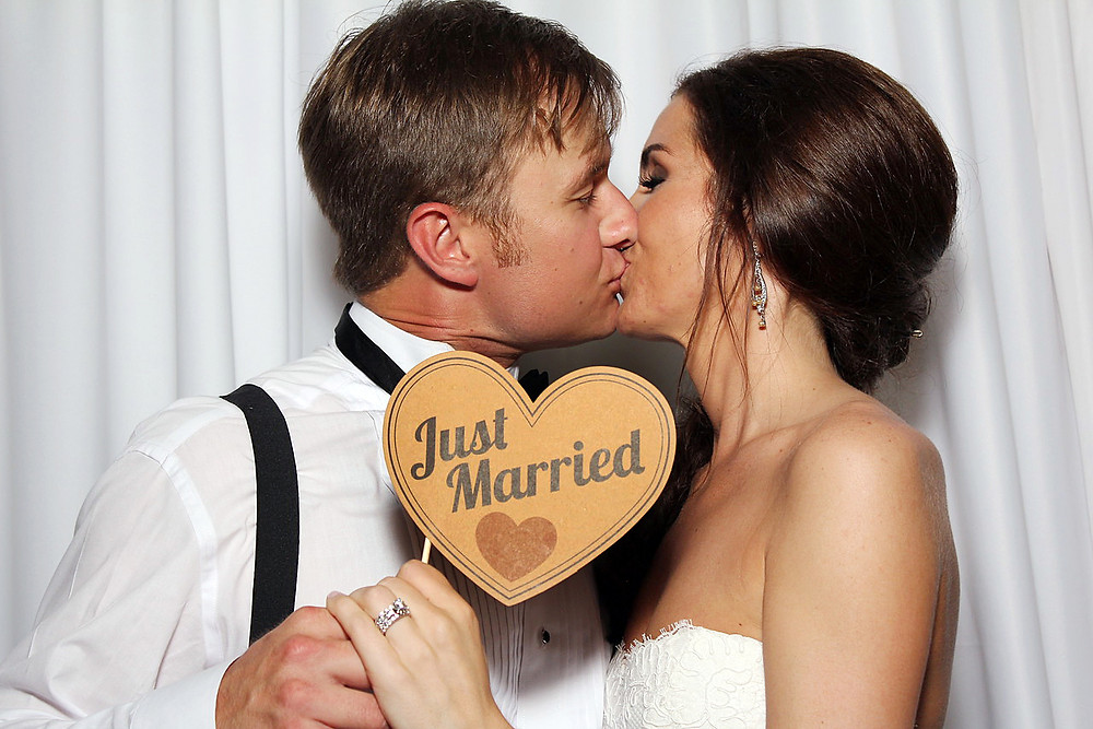 pensacola photobooth wedding photo booth just married