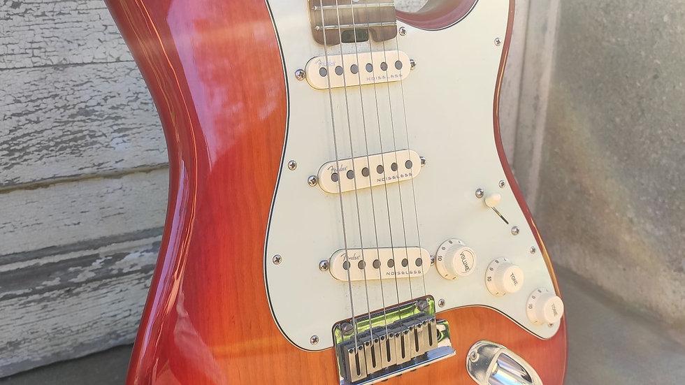 Fender American Elite Stratocaster Aged Cherry Burst RW