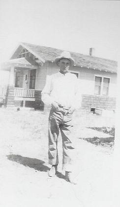 Middleton-Oscar-in-1920s.jpg