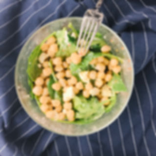 7 minute chickpea spinach salad recipe.j
